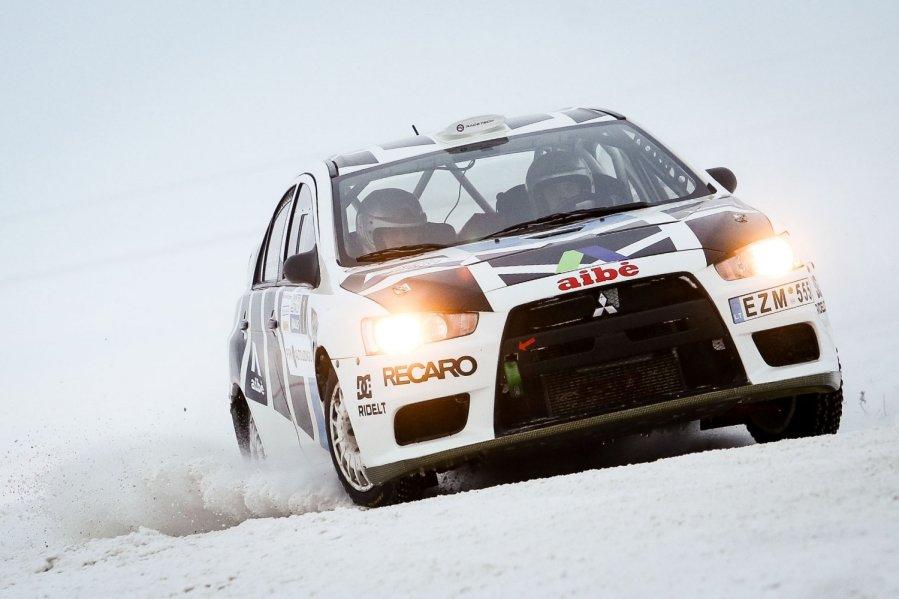 Halls Winter Rally 2013 triumfavo į ralį sugrįžęs Deividas Jocius