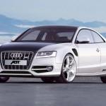 Juodai baltas Audi S5 iš Abt