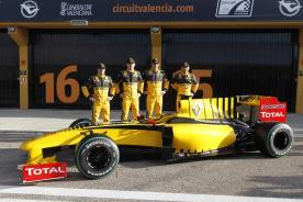 """Renault F1"" komanda pristatė bolidą R30"
