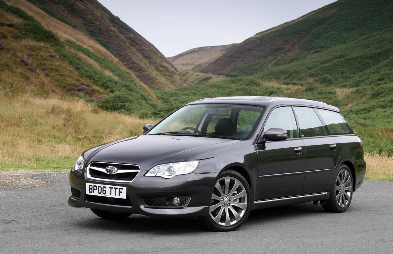 """Lietuvos """"Metų automobilis 2010"""" – """"Subaru Legacy"""""""