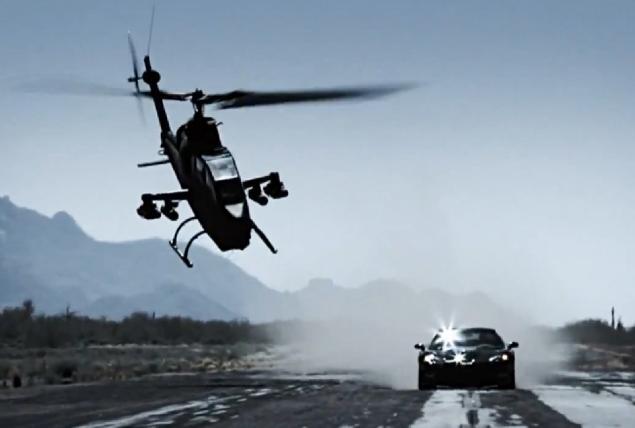 """""""Top Gear"""" laidos filmavimo metu sudužo karinis sraigtasparnis"""
